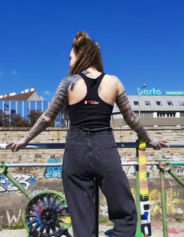 tattoo-netzwerk-tanktop-hinten